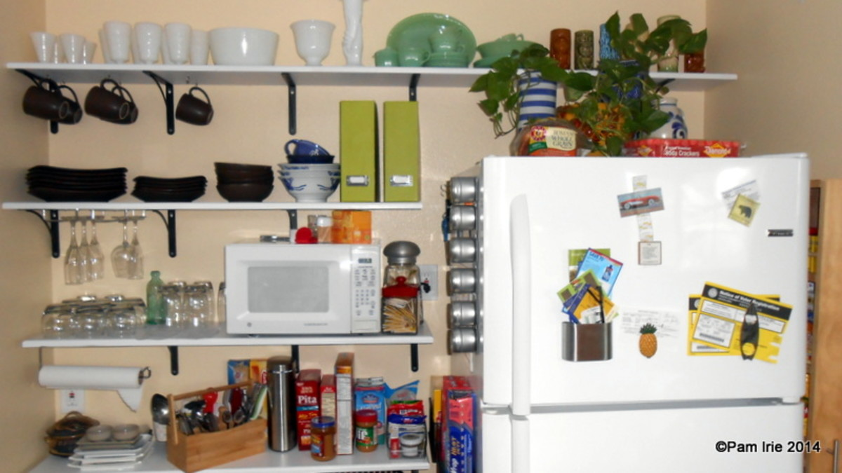 Space Saving Kitchen Shelving