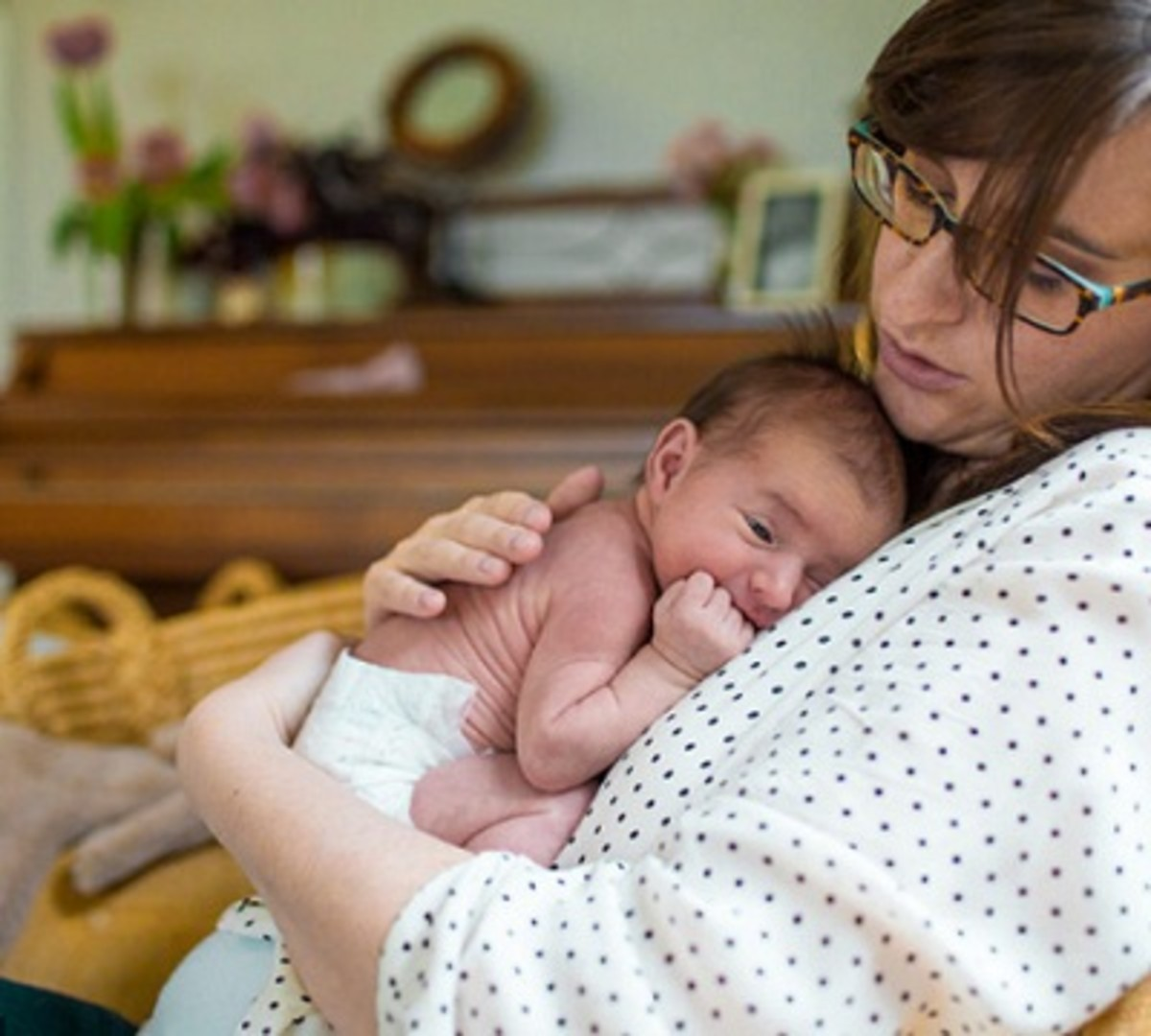 why-is-your-newborn-baby-crying-know-the-reasons-and-the-ways-to-soothe-them
