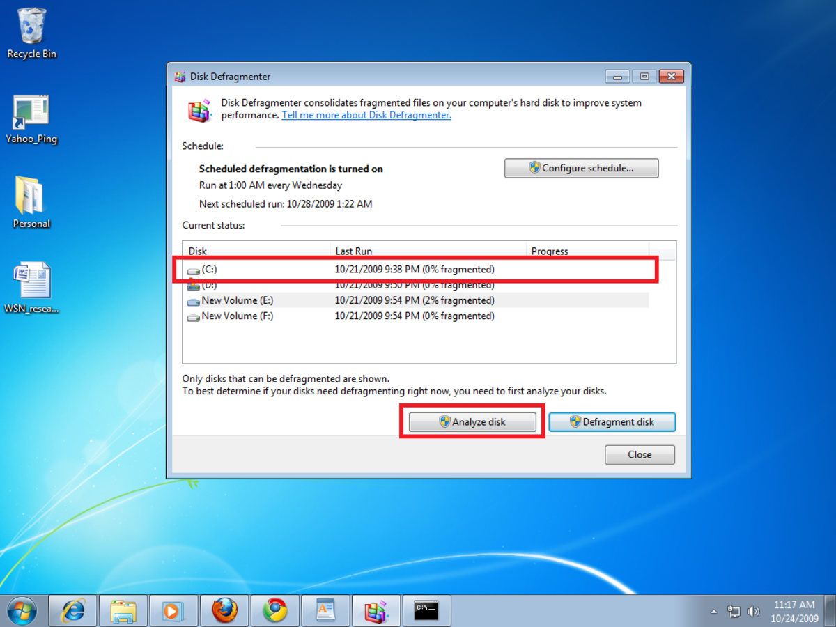 Analyzing the disk before starting disk defragmentation using Disk Defragmenter in Windows 7