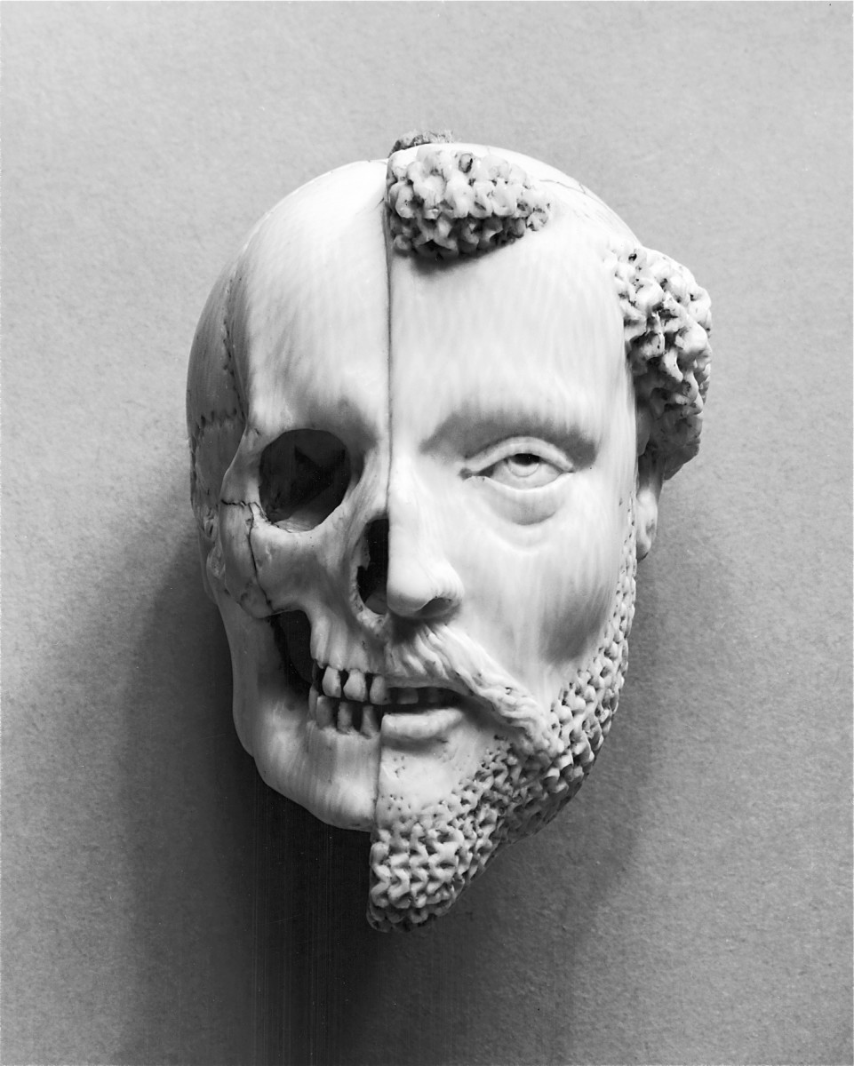 Pendant with a Monk and Death  (Walters Art Gallery)