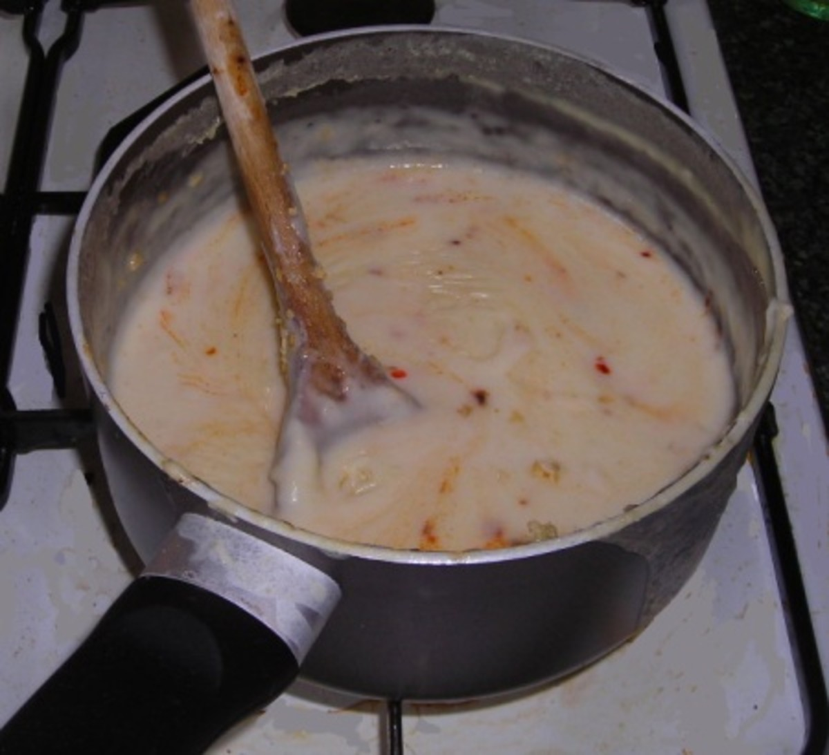 Cheese sauce for cauliflower