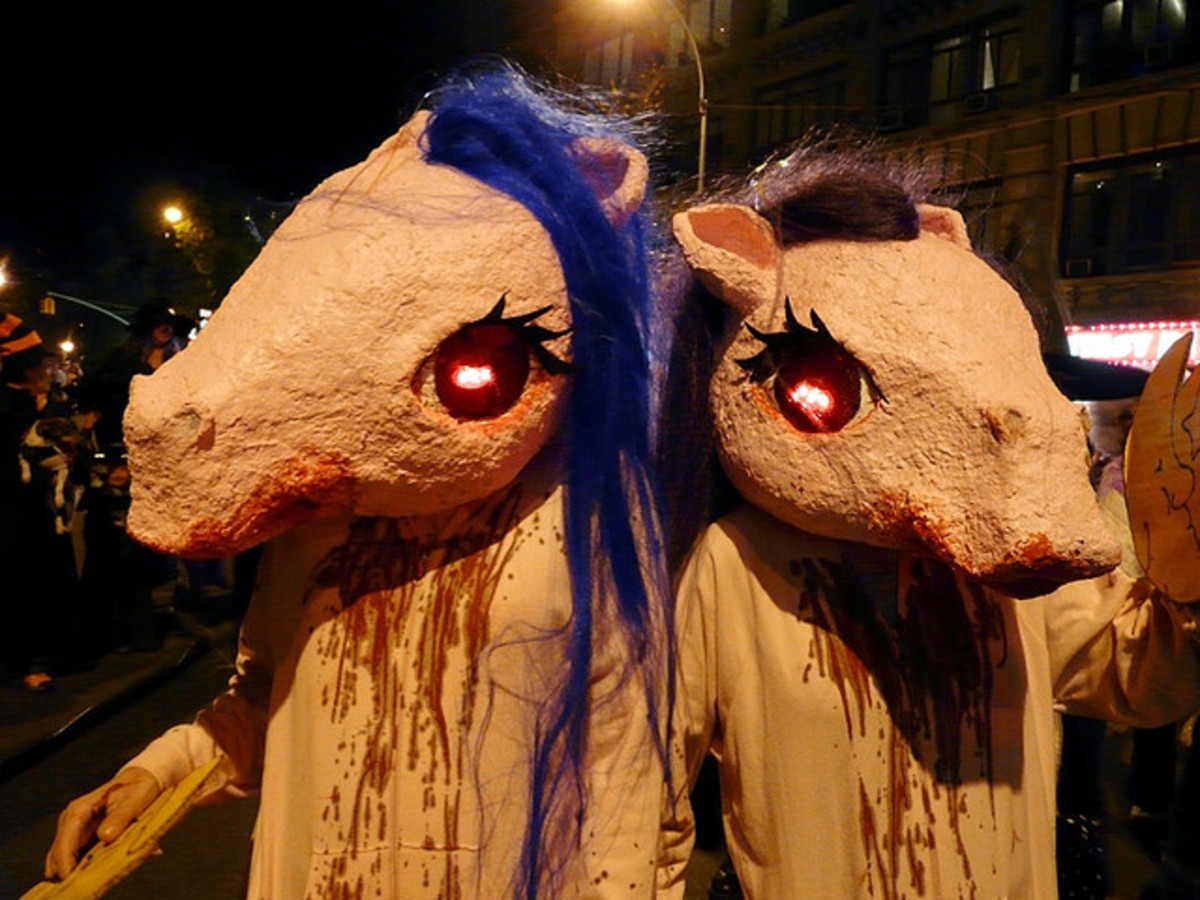 Horse Costumes and Fursuits