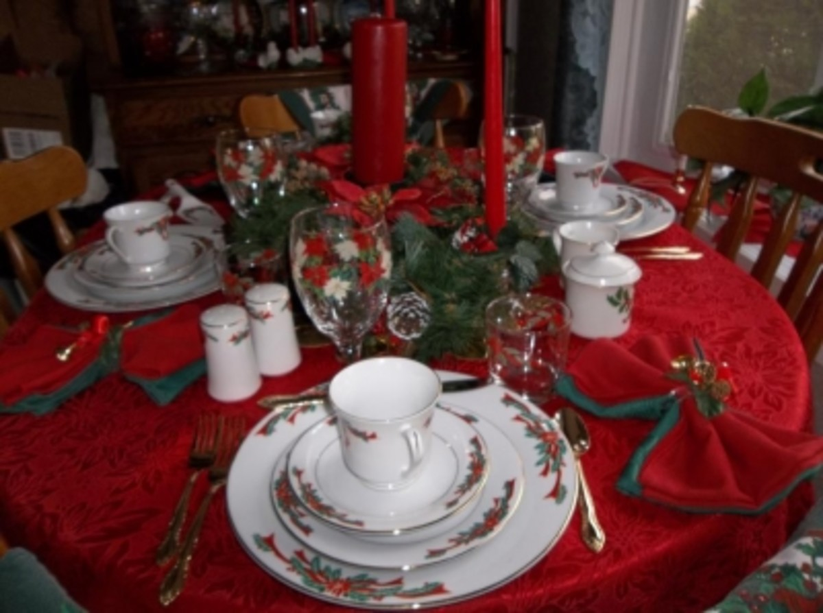 Holiday Table with Matching Accessories
