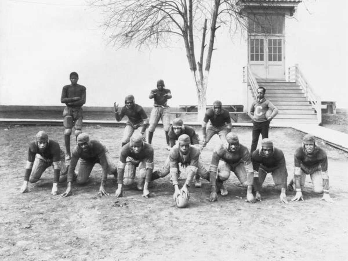 Unknown Professional Football team, 1920's.