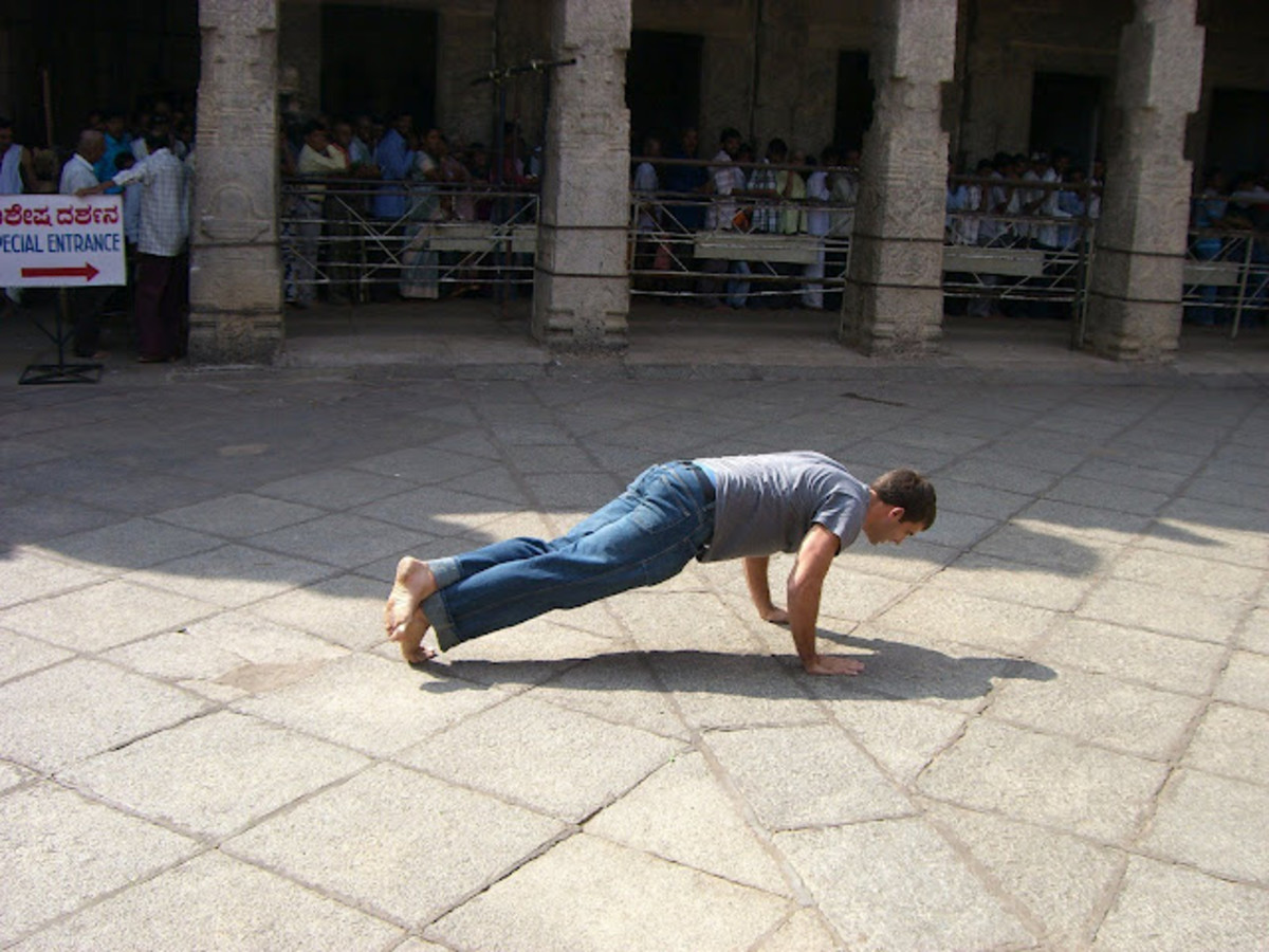 Jim doing one-legged pushups on his visit to India
