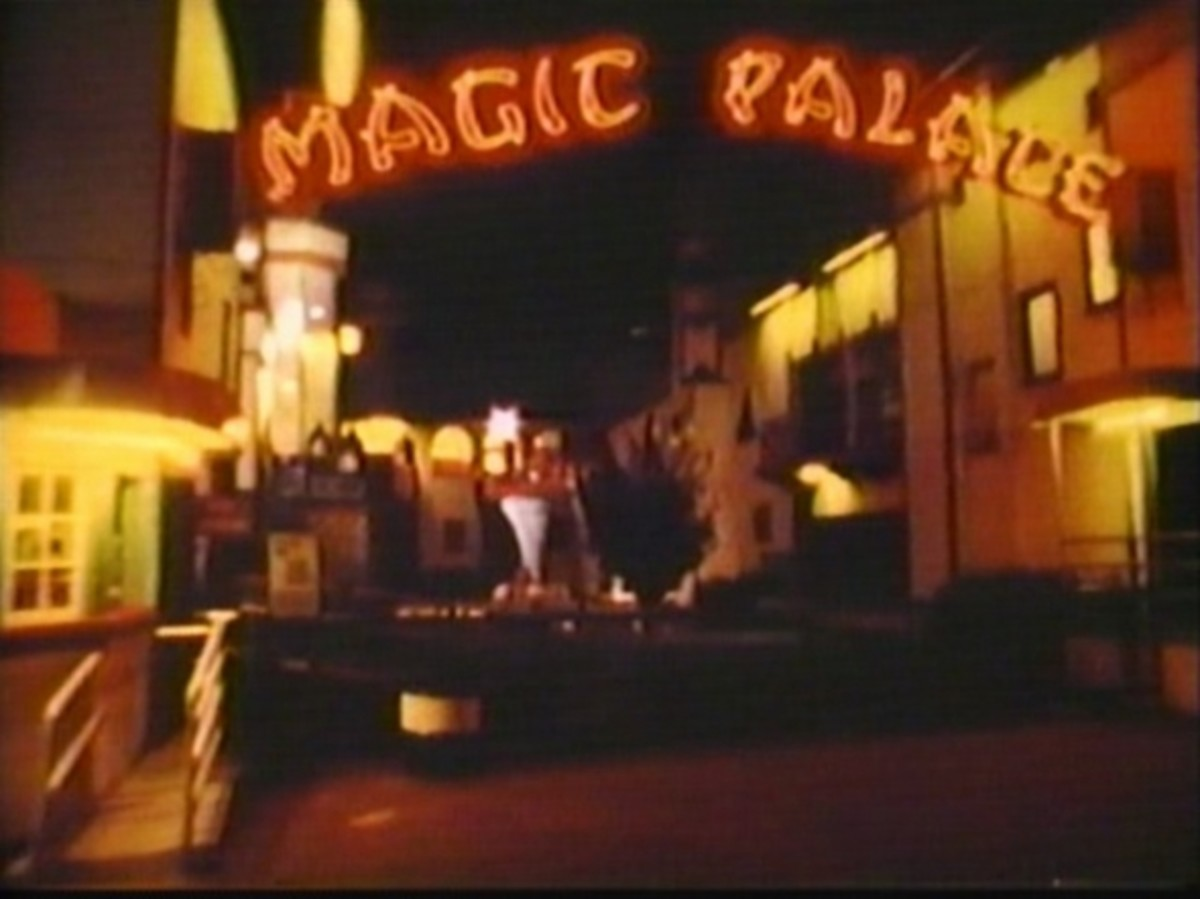 The Magic Palace was a fun house with tilted floors, wood slides, and crazy mirrors.