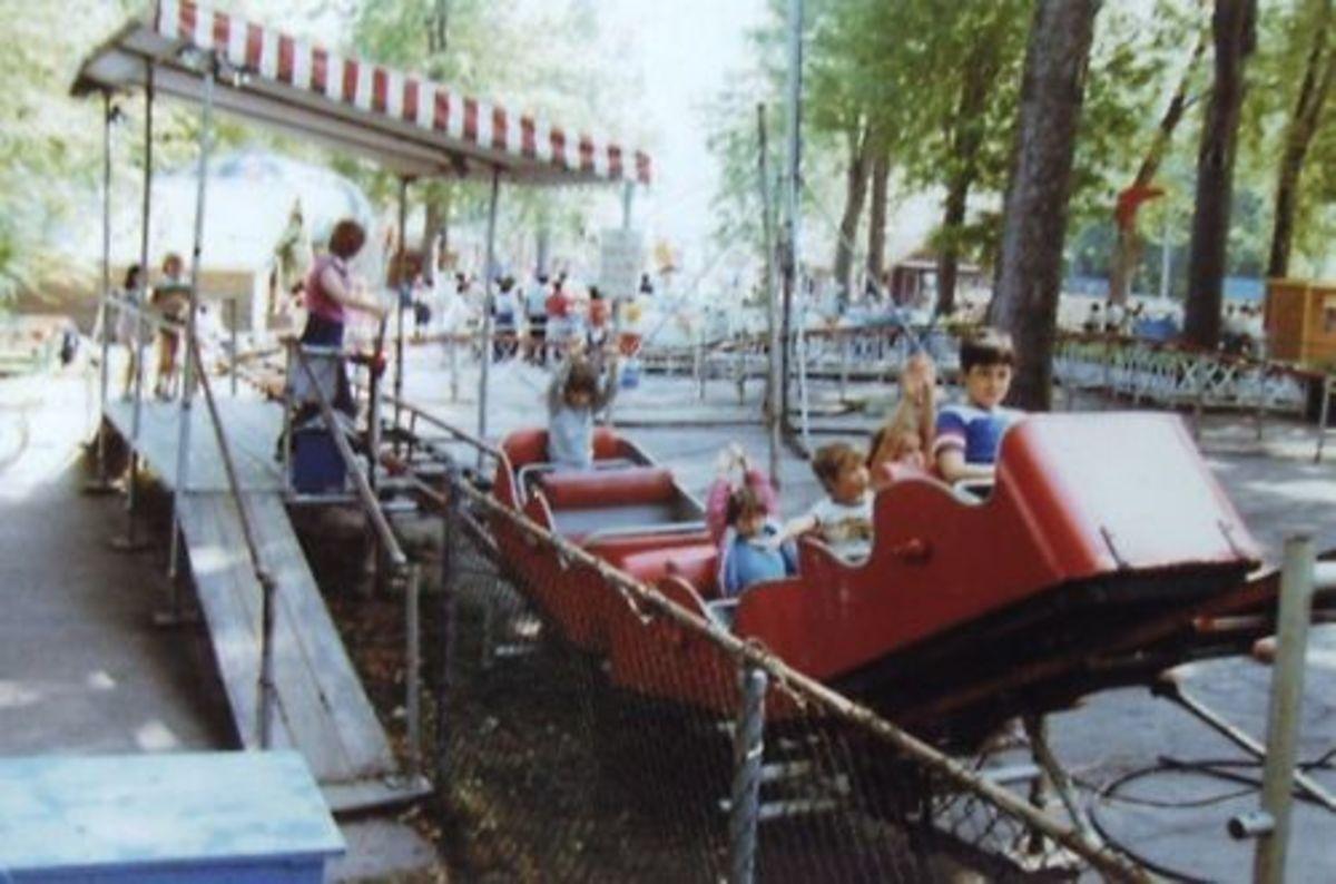 Little Dipper kiddie roller coaster.