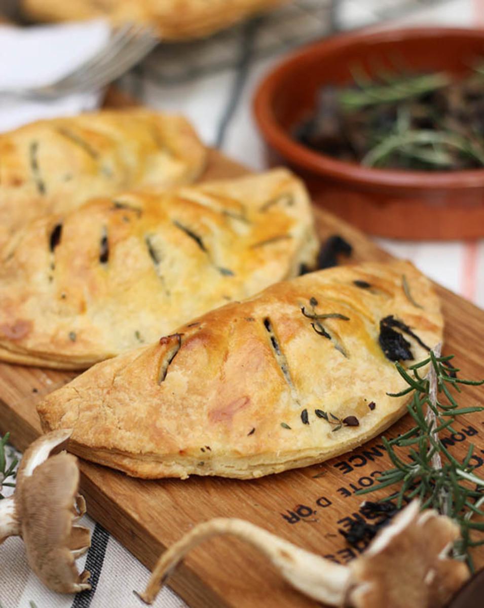 Italian-style pasty