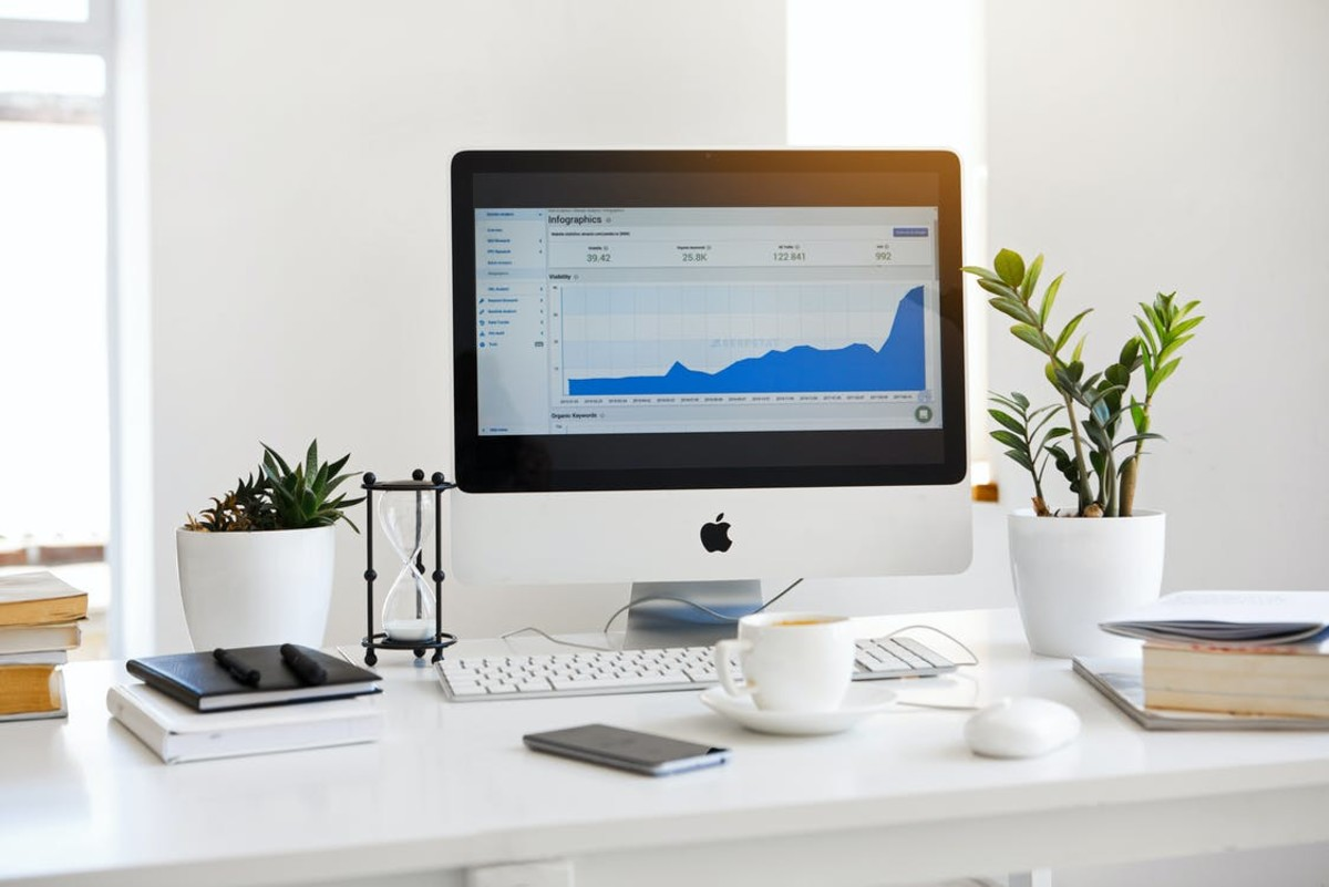 5 Video Conferencing Tools to Ace your Work from Home Experience