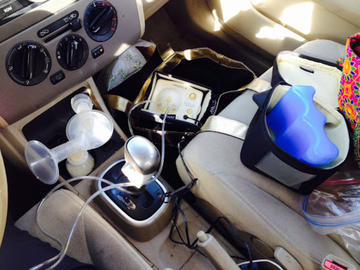Pumping in the Car Checklist for Breastfeeding Moms on the Go