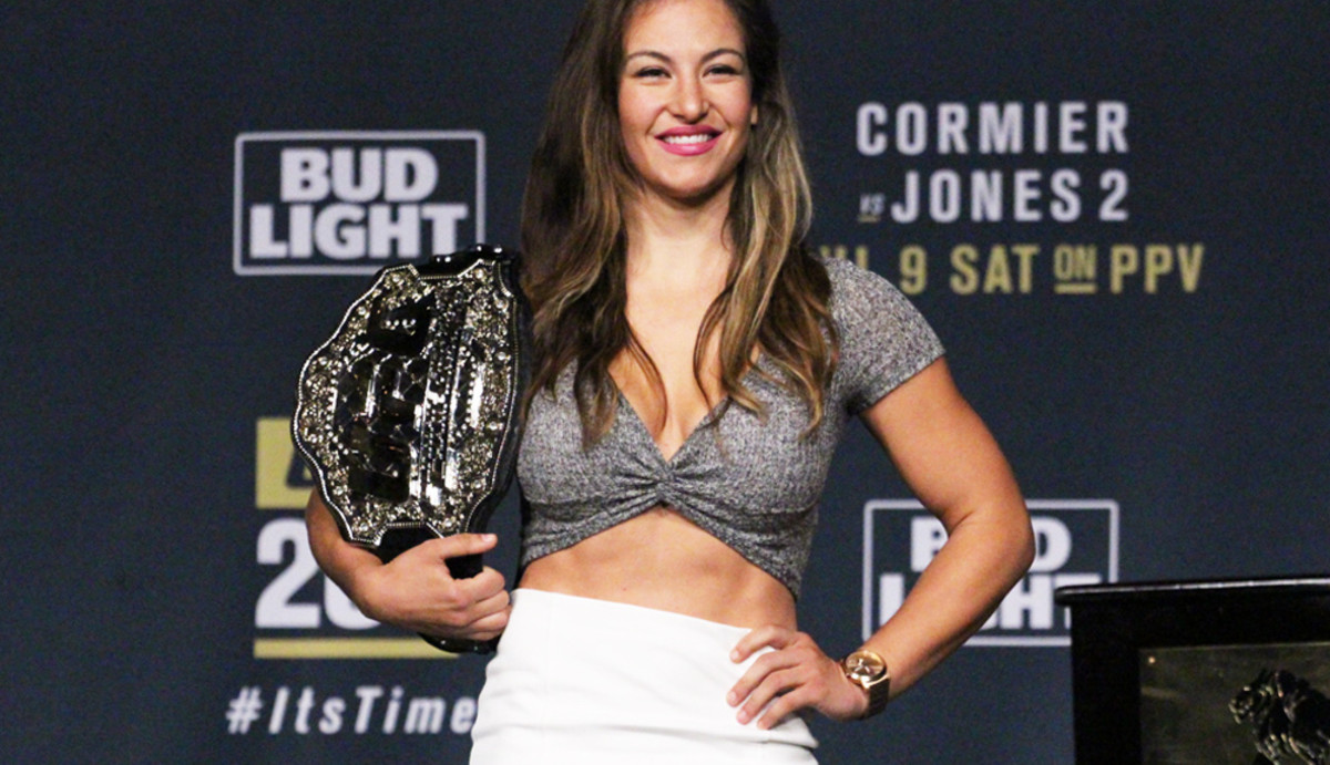 Top 10 Greatest Female Fighters of All Time