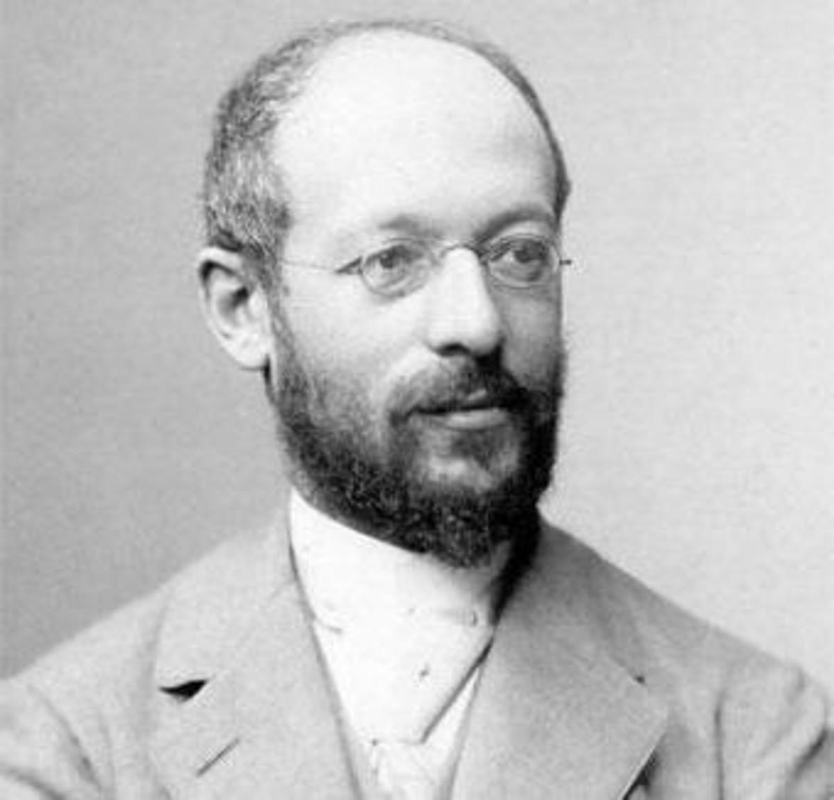 Are Simmel's Ideas About Fashion Still Relevant Today?