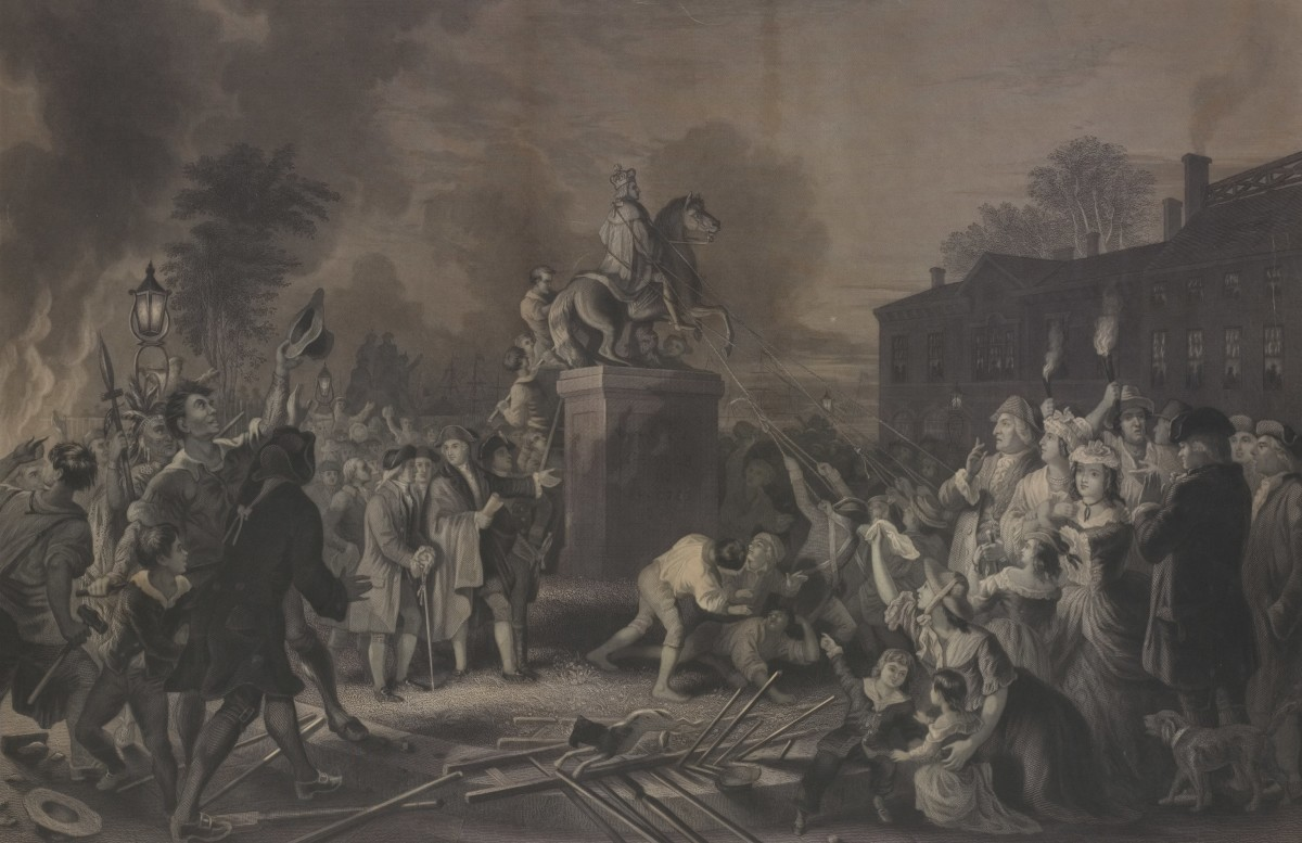 An angry crowd tears down the statue of King George III in New York City.