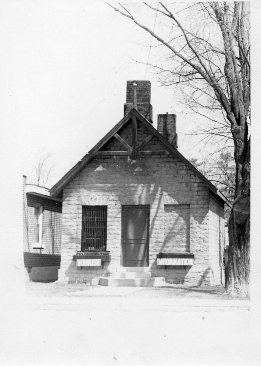Photograph of the former jailhouse in Tweed, Ontario, being used as a tourist information centre.  Source: Community Archives of Belleville & Hastings County