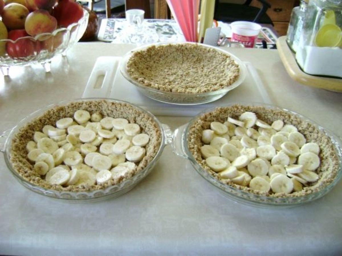 low-cholesterol-banana-cream-pie-and-pie-crust