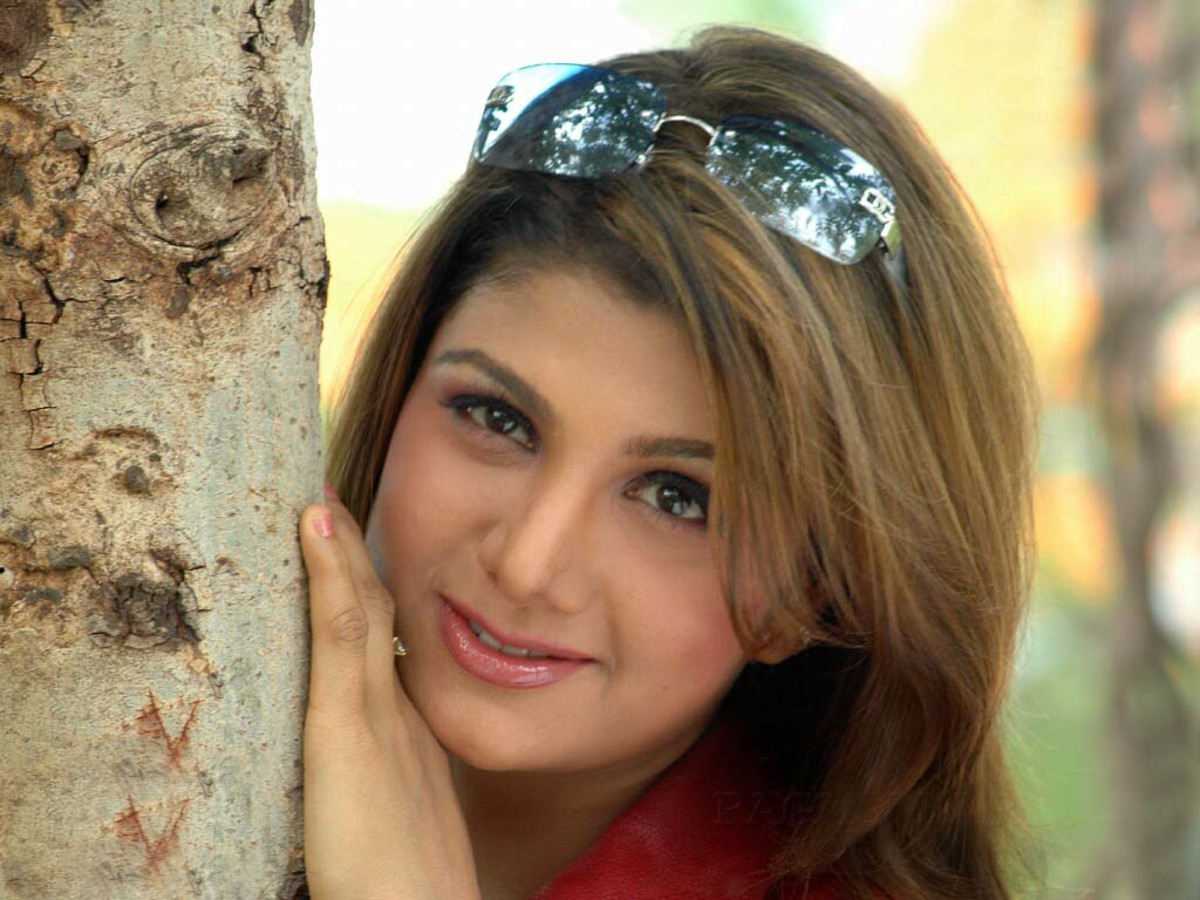 Rambha wallpaper
