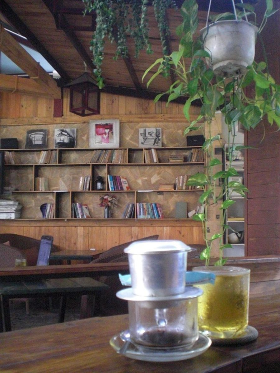 Such a retrospective-styled cafe in Thu Duc Dist., featuring old books