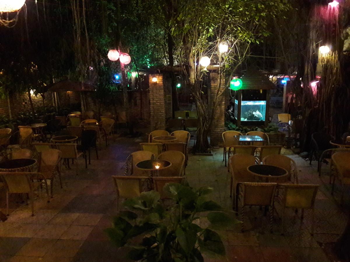 A nice garden cafe