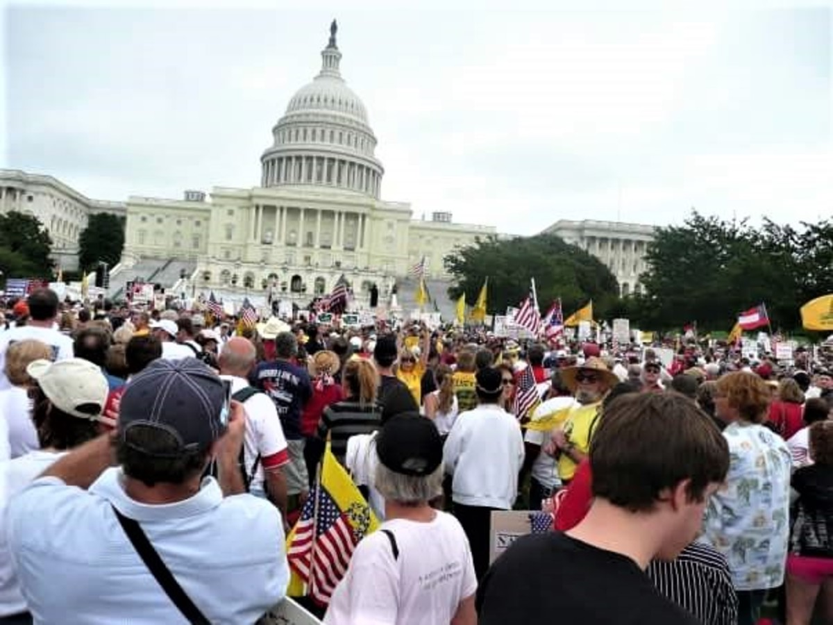 The Tea Party and Grassroots Movements, Up Against Any {Sponsored Event}...Win Every Time