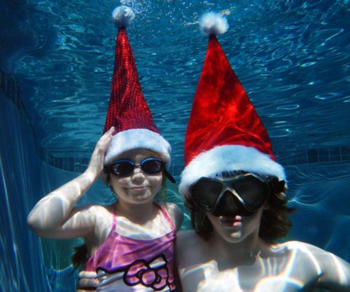 fun holiday photo ideas - underwater