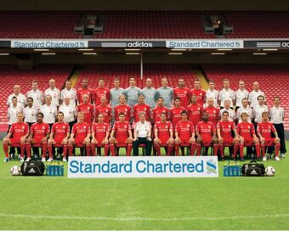 The Liverpool FC 2010-2011 season team under Roy Hodgson.