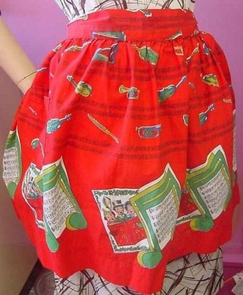 Red Vintage Christmas Apron