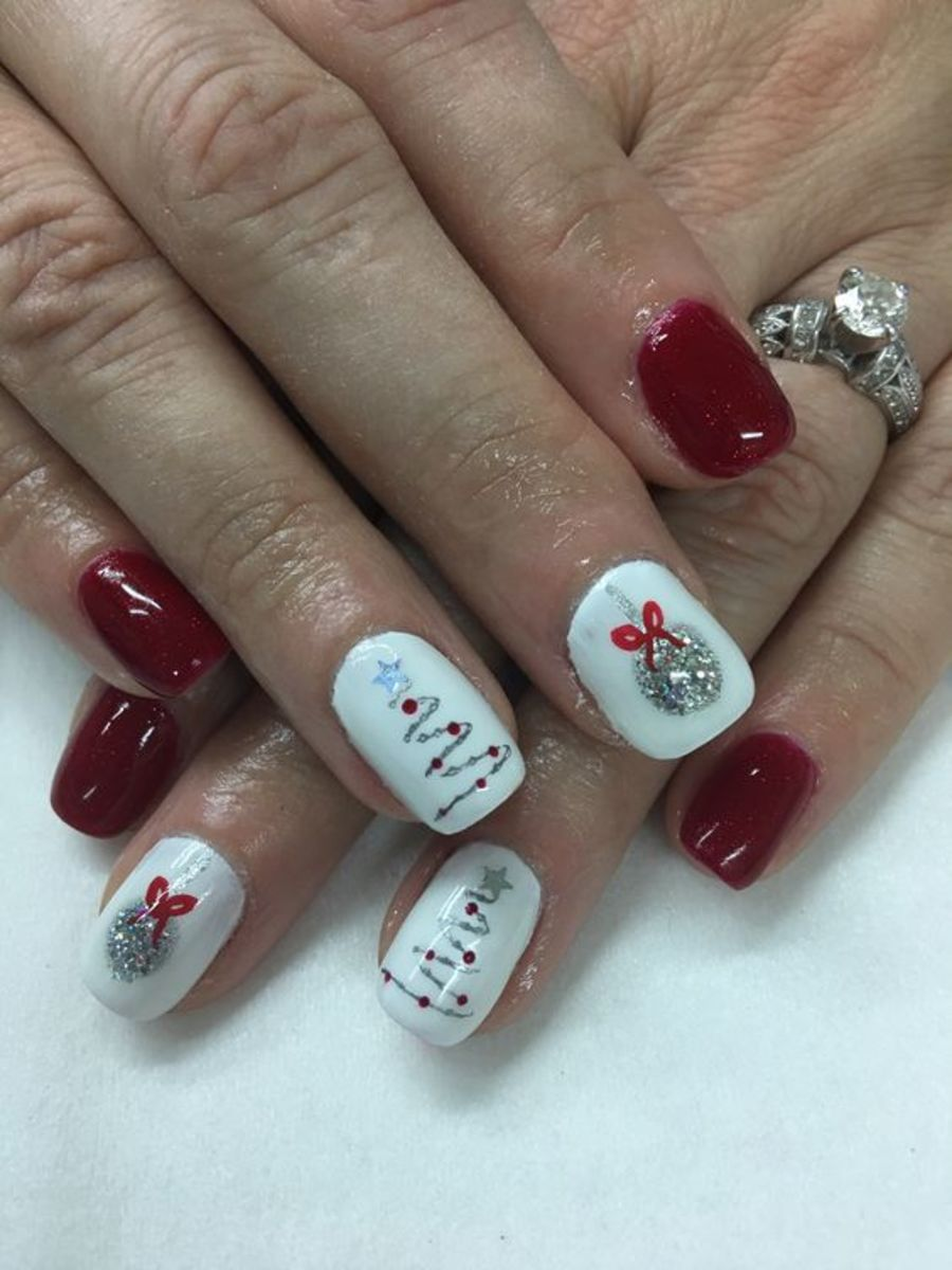 30 Awesome Holiday Nail Designs For Short Nails Bellatory Fashion And Beauty