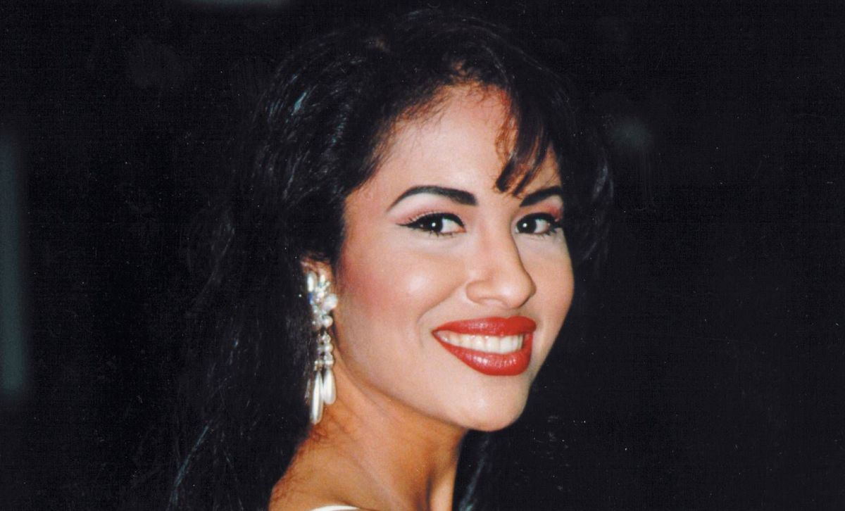 spectacular-facts-about-selena-quintanill