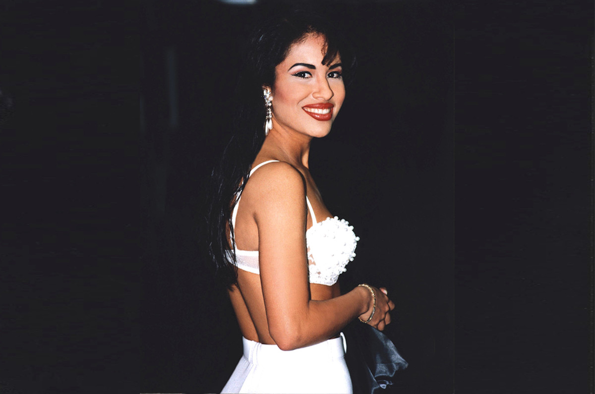 36 Spectacular Facts about Selena Quintanilla
