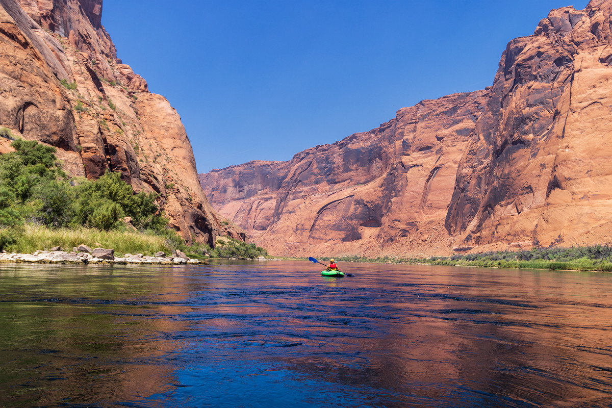 Kayaking down the Colorado River to Lees Ferry