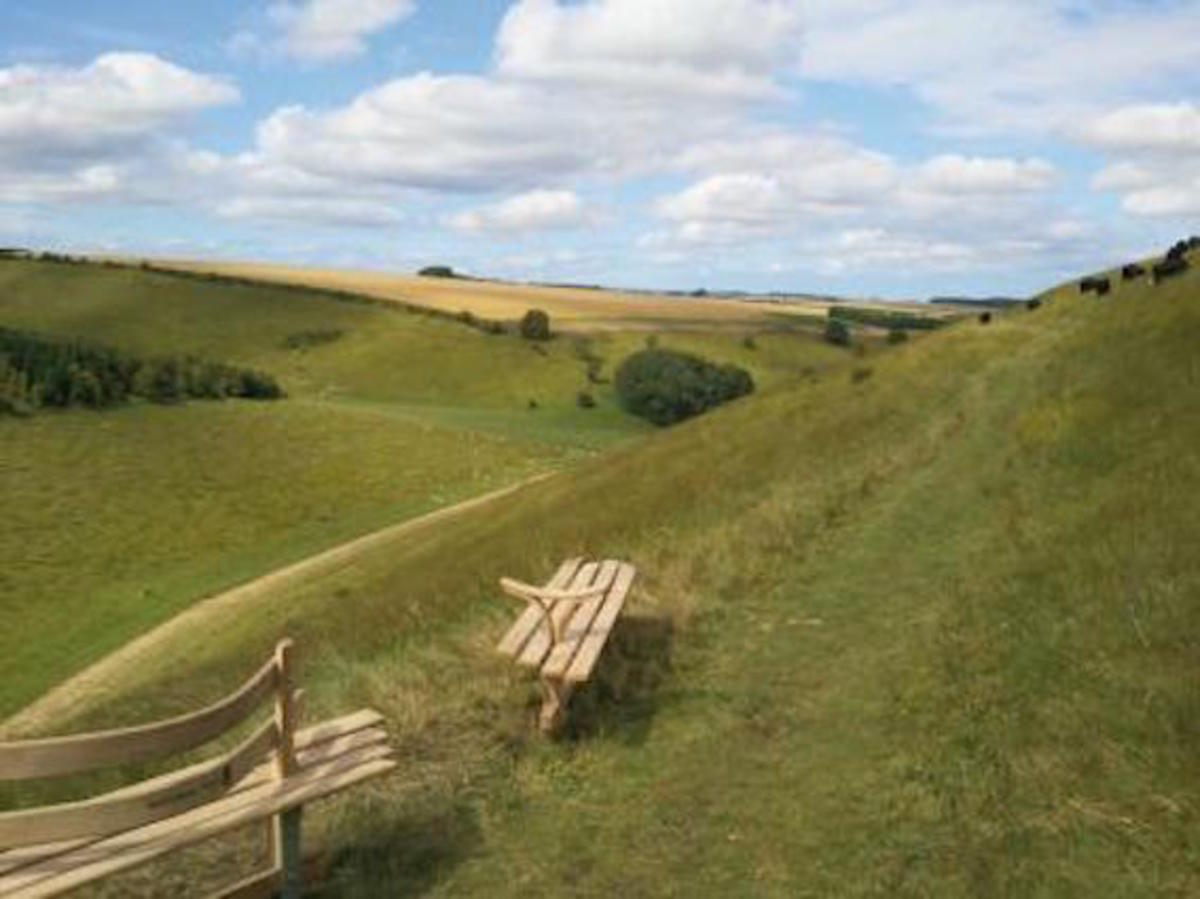 Poetry Bench: Admire the Scenery, Write an Inspired Poem!