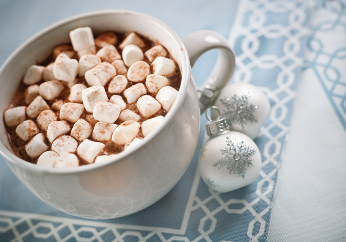 Jars filled with hot chocolate mix and marshmallows is a great gift to give.