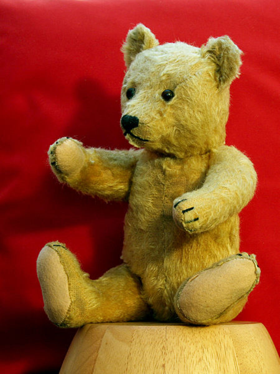 Teddy bear born in Germany about 1954 30 October 2006 by Waugsberg