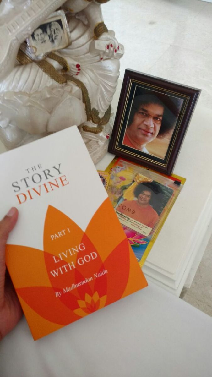"Book Review: ""THE STORY DIVINE - LIVING WITH GOD"""