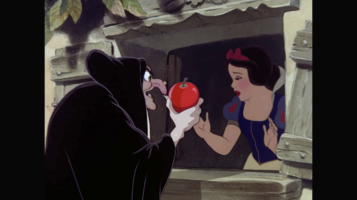 vault-movie-review-snow-white-and-the-seven-dwarfs
