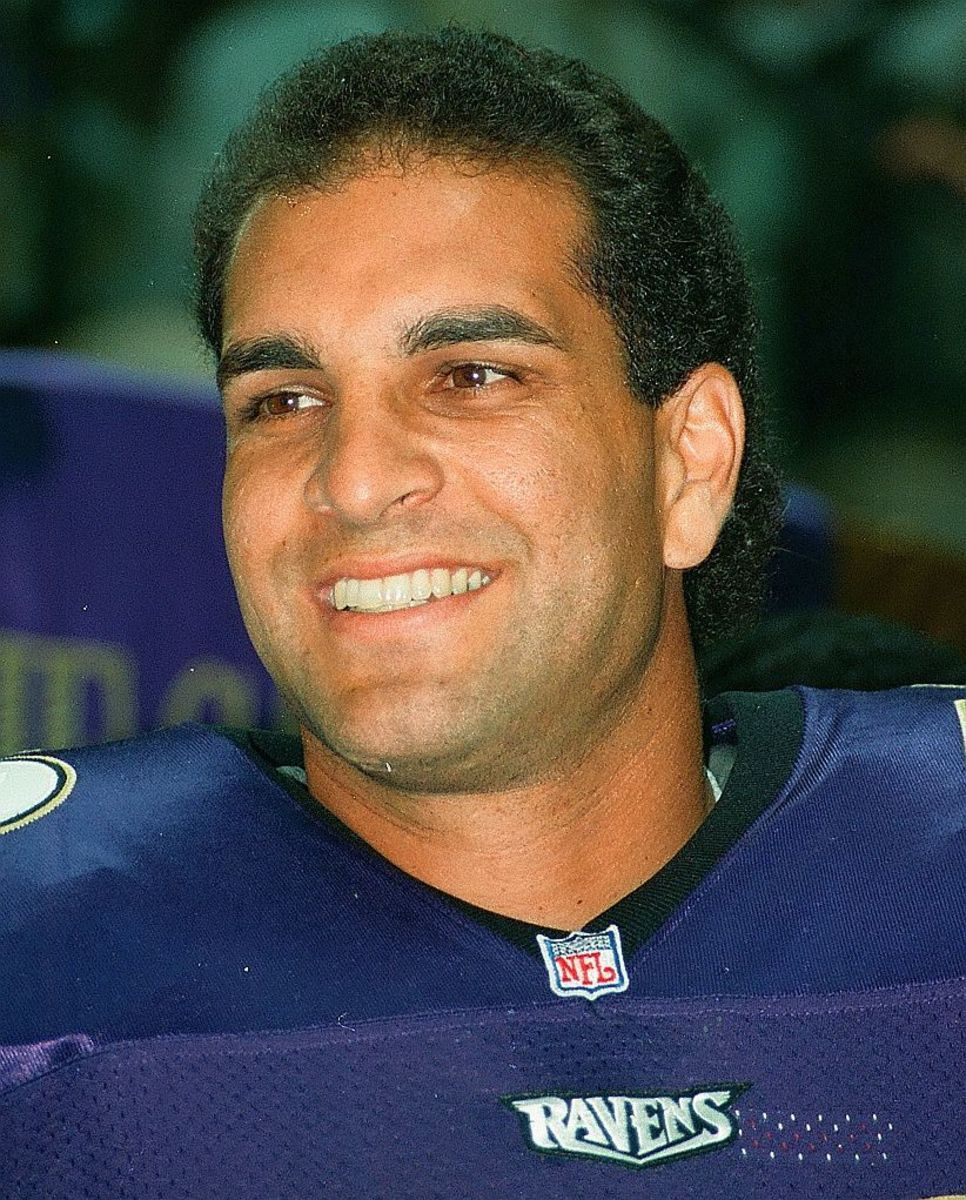 Vinny Testaverde played for seven teams over a 20-year career, but never played for a Super Bowl champion.