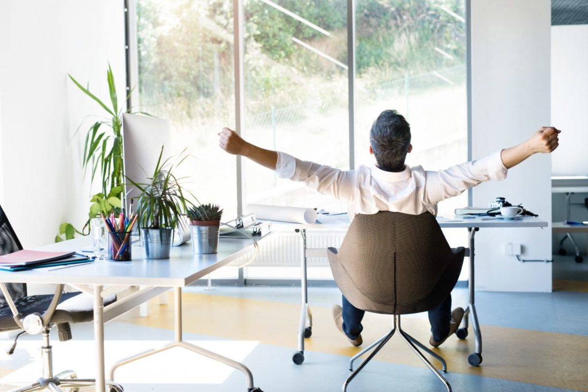 Improve Your Productivity In Office With These 4 Interior Elements