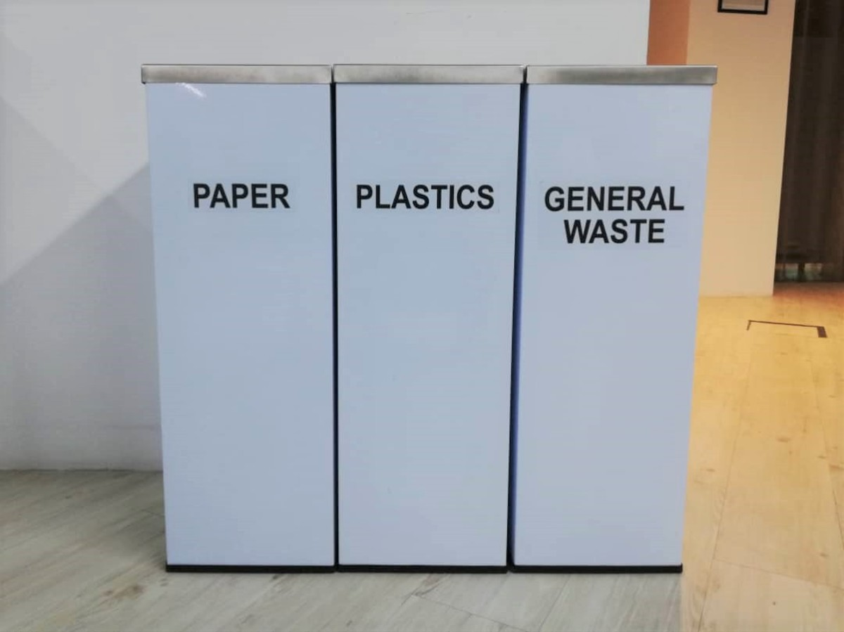 Dispose of rubbish properly in appropriate dustbins