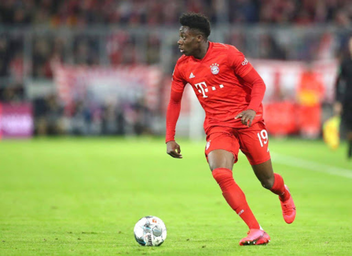Bayern Munich's Right-back Alphonso Davies in action.
