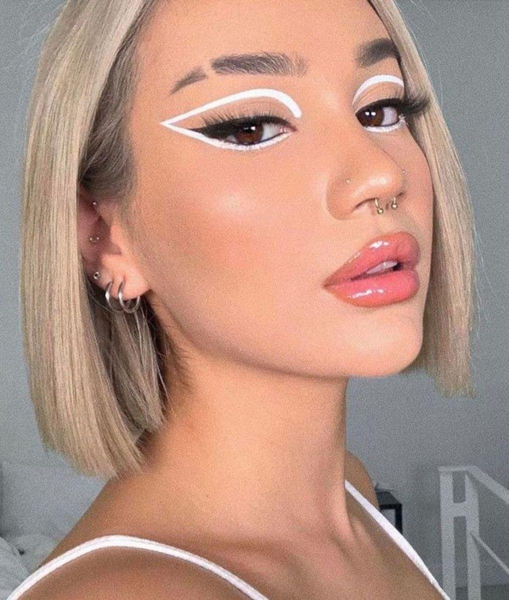 top-10-winter-makeup-trends