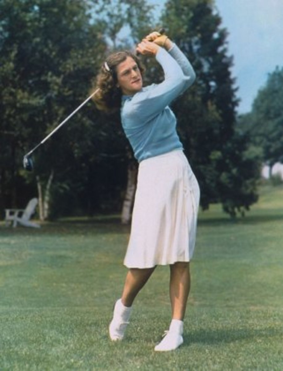 Babe Didrikson playing golf