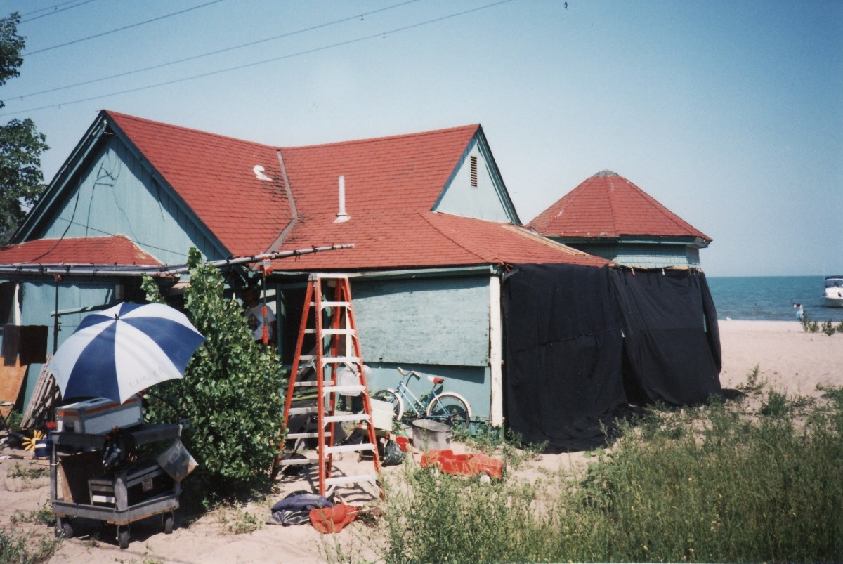 "1018 Lakeshore Rd. during filming of movie ""Home Coming"" in 1995. Demolished shortly after this in 1995. It was located behind the Terry cottages along the beach."