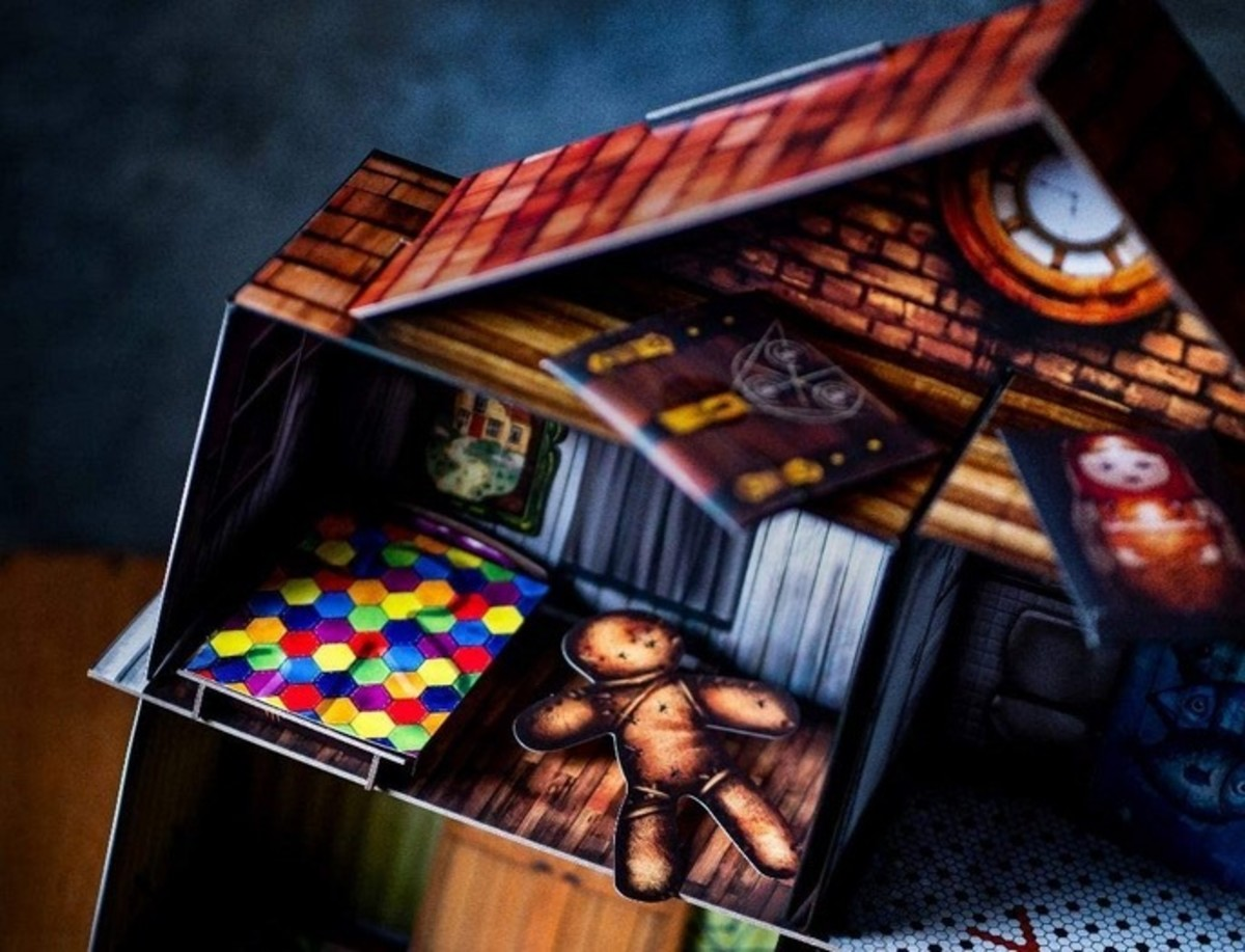 escape-the-room-the-cursed-dollhouse-is-a-locked-room-game-to-immerse-you