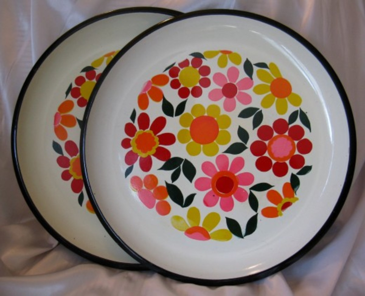 vintage-melmac-plates