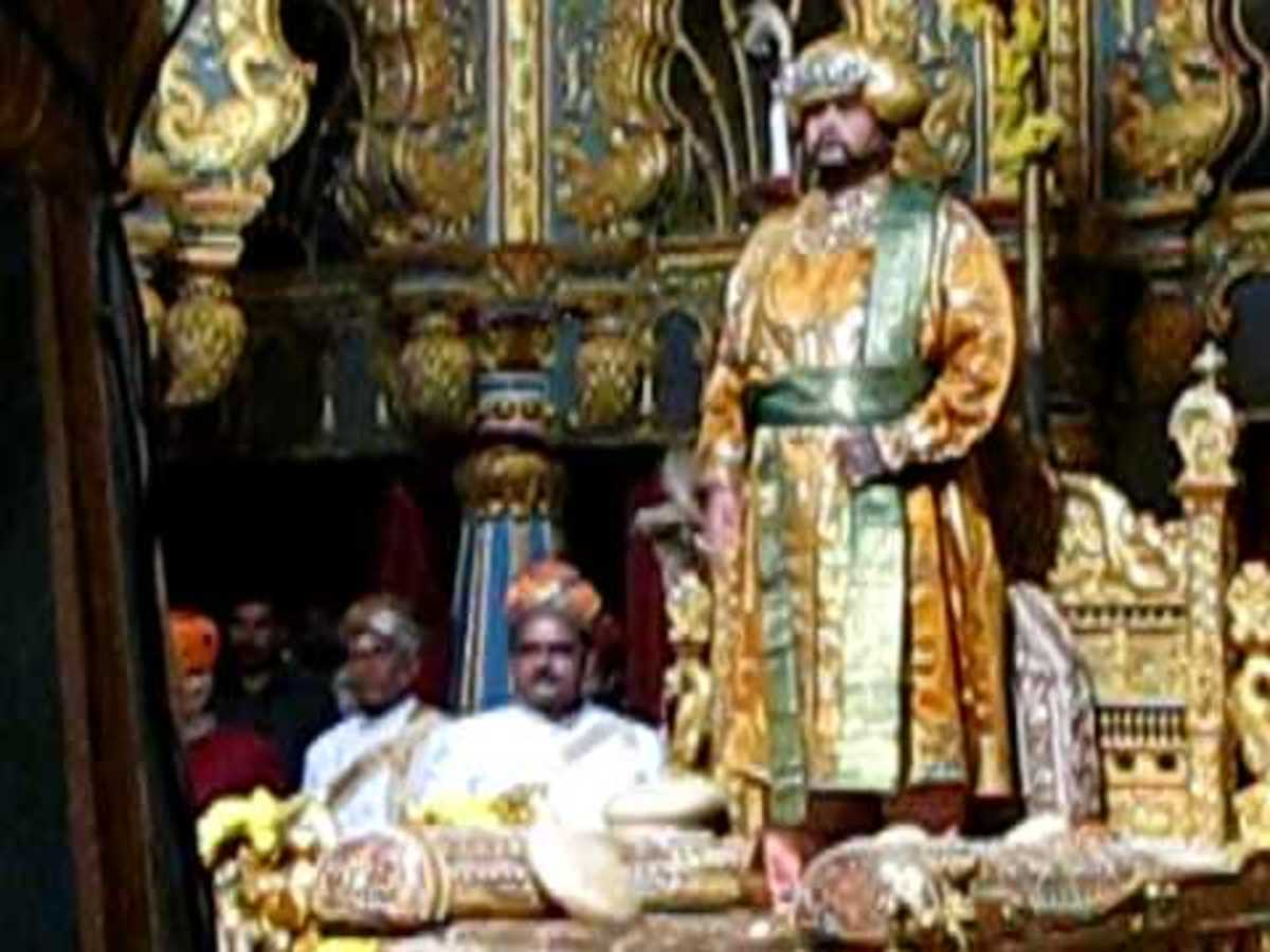 THE SCION OF ROYAL FAMILY LATE H.H.Maharaja Of Mysore standing on the Throne during 2013 Dasara Celebrations.