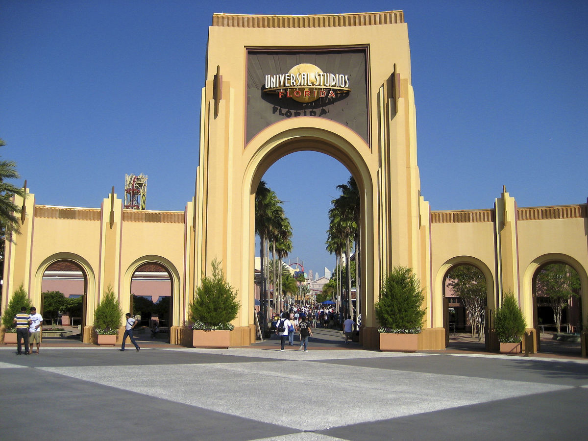 Featuring Universal Studios Florida, Universal CityWalk Orlando, and Universal's Islands of Adventure, this theme-park resort offers fun for all ages.