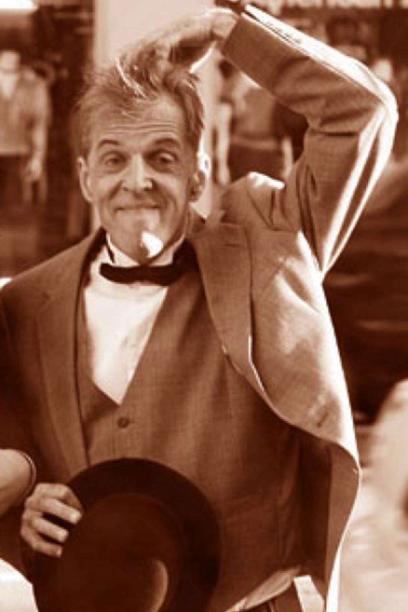 Bob Druwing as Stan Laurel