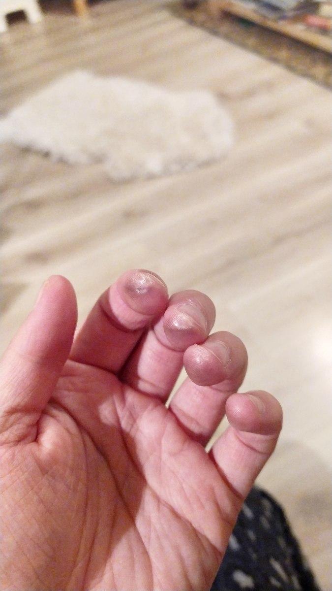 four-fingers