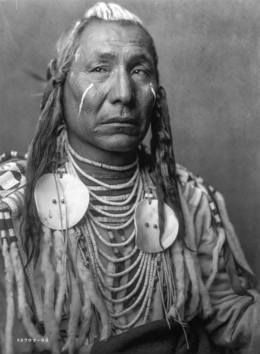 Historical Vintage Sioux Indian American Chief