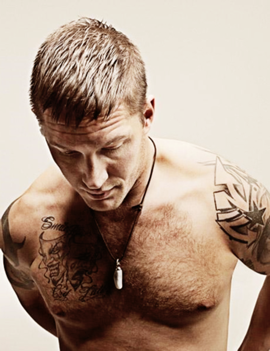 Tom Hardy hairstyle.